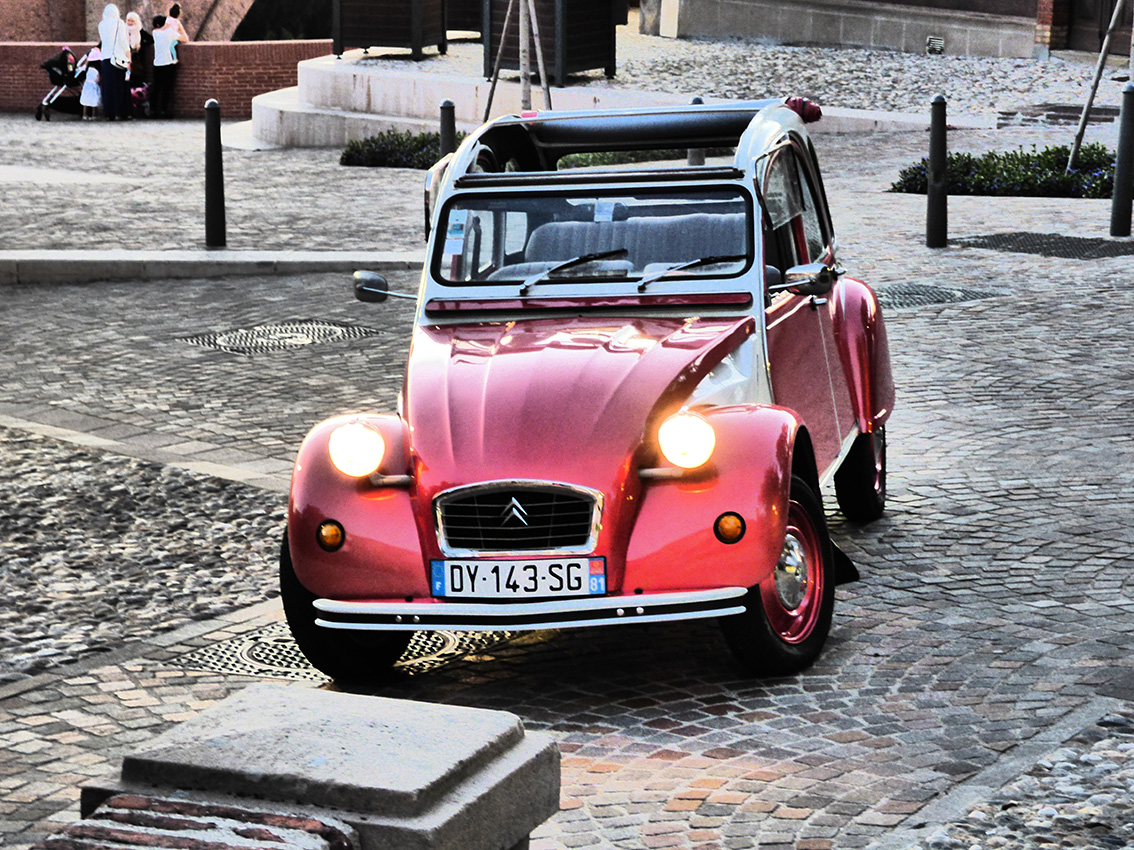 Le Tacot Cathare Visite Tarn 2CV Visite Guidee Privee Albi Gaillac Cordes Ambialet 2