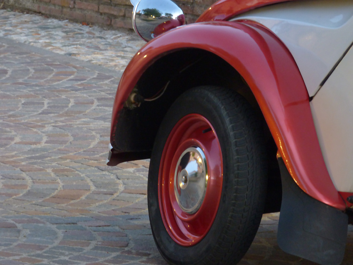Le Tacot Cathare Visite Tarn 2CV Visite Guidee Privee Albi Gaillac Cordes Ambialet 5